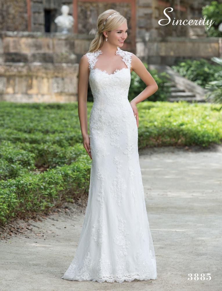 Robe de Mariée 3885 de la marque Sincerity disponible à Nice à la ...