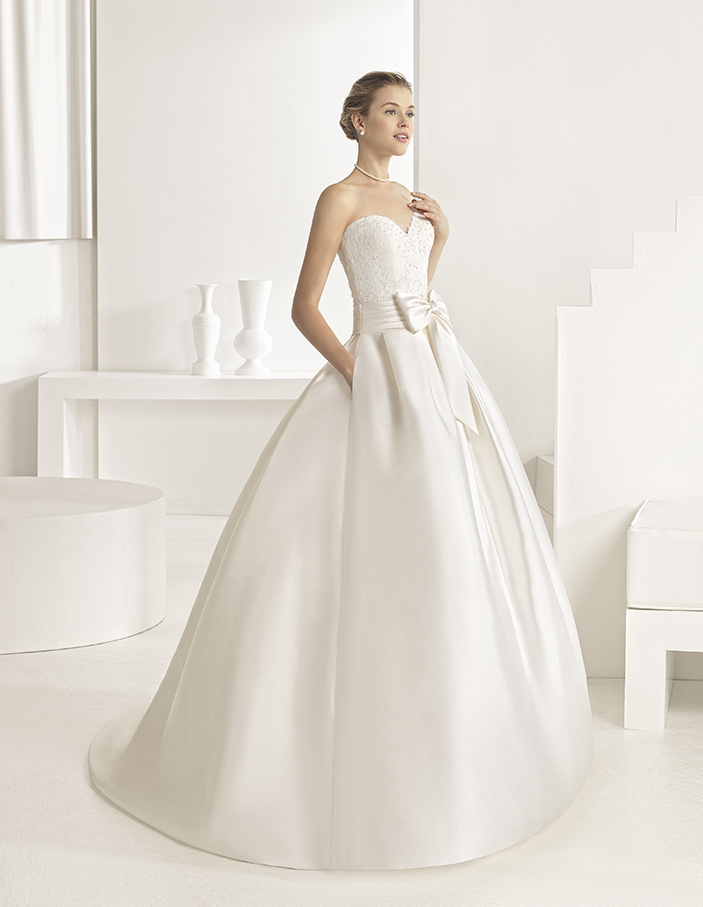 ROBE DE MARIÉE ORBITAL par Two By Rosa Clará
